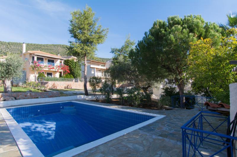 Allegre Complex, alquiler de vacaciones en Corinthia Region