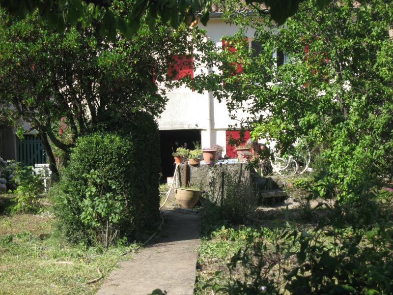 Trés confortable maison meublée classée 4*, location de vacances à Le Bousquet d'Orb