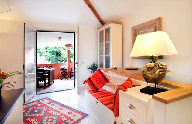 appartamento con terrazzo a Calasetta, location de vacances à Isola di Sant Antioco