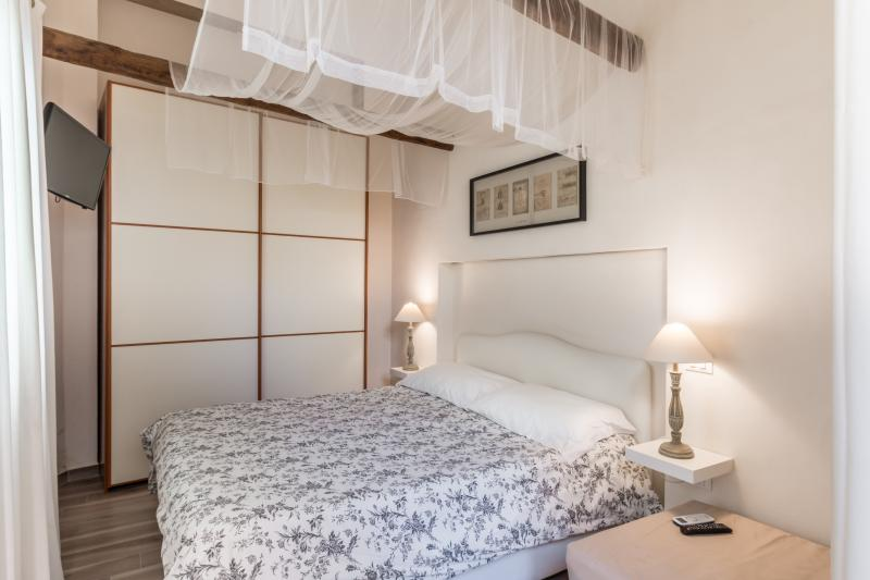 The Bell - casa vacanze (Diana), holiday rental in Pedalino