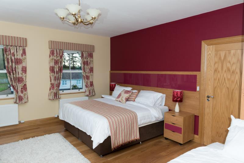 Carnteel Room