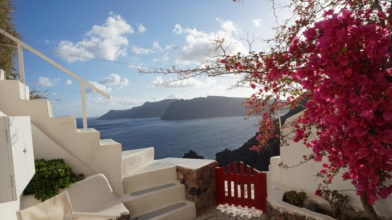 The White cavehouse in Oia, vacation rental in Oia