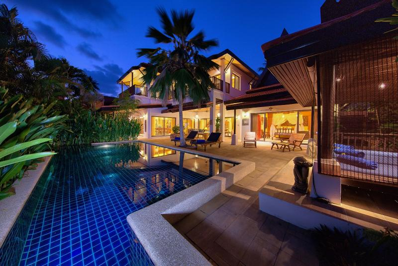 Baan Buaa, Beach side Villa, Samui Beach Village, vacation rental in Lamai Beach