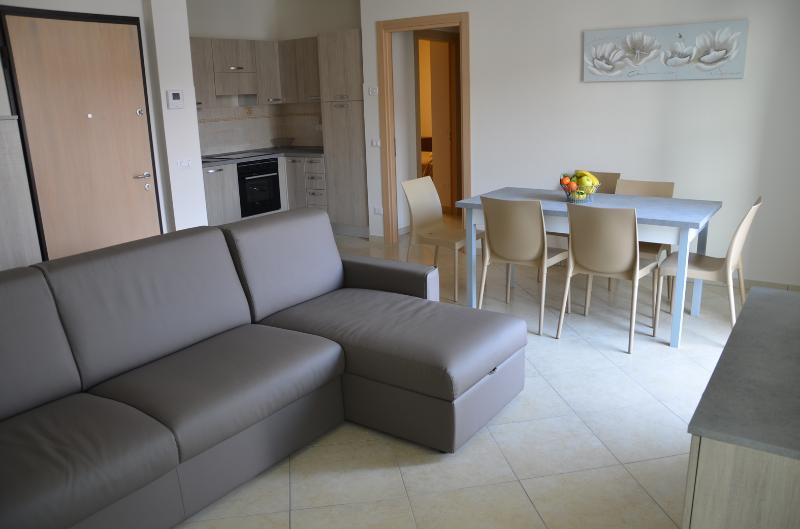 soggiorno/cucina con 2 terrazzi ALLOGGIO NR 4