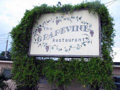 A must-stop place to eat in town