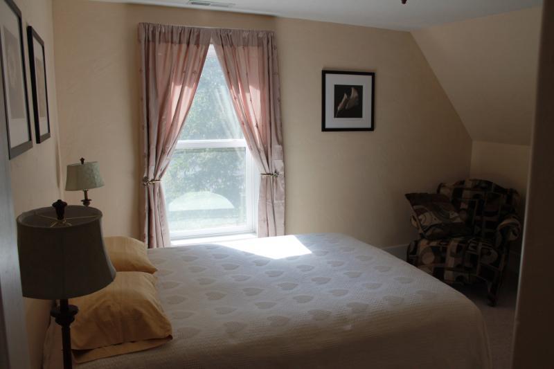 Upstairs Queen Bed #2