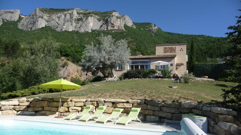 Independent heated pool villa