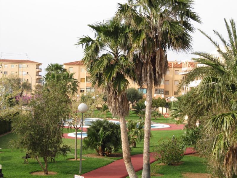 Apartamento, familiar y muy proximo a la Playa, holiday rental in Els Poblets