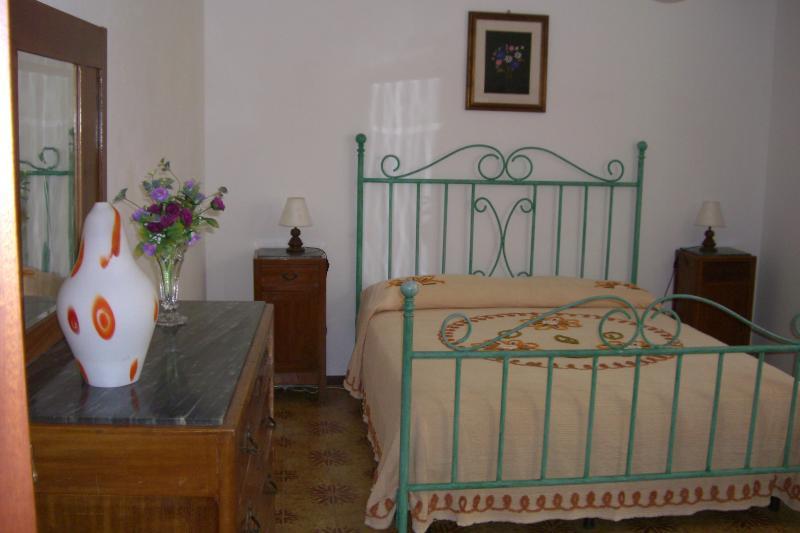 Appartamento panoramico in Roccatederighi, vacation rental in Ribolla
