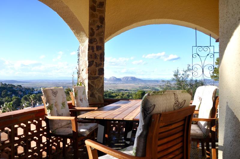 Ferienhaus Casa Mas Tomasi - WiFi - Pool - Klima - Panoramaview - bis 8 Pers., Ferienwohnung in Pals