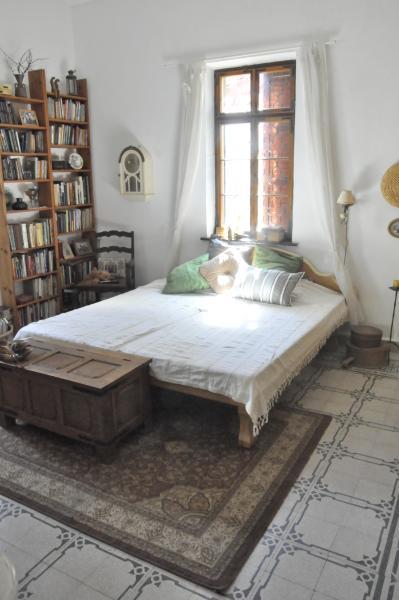 English Country House, vacation rental in Qiryat Bialik
