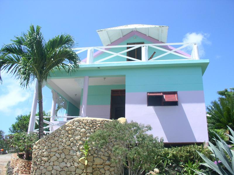 villa stella , una casa inserita in un giardino endemico, vacation rental in Las Galeras