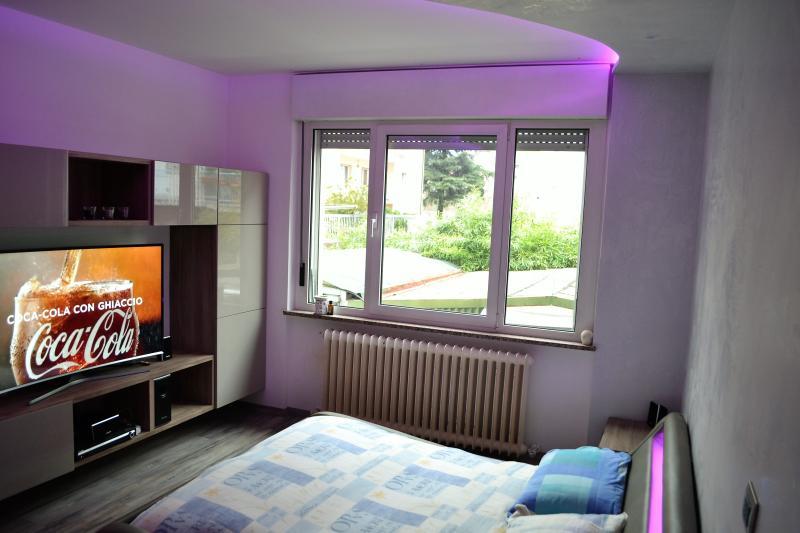 Camera privata luxury - Trento centro, vacation rental in Pergolese