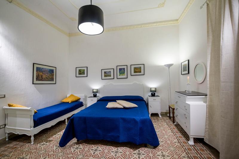 Lavanda luminoso appartamento, holiday rental in Castellammare del Golfo