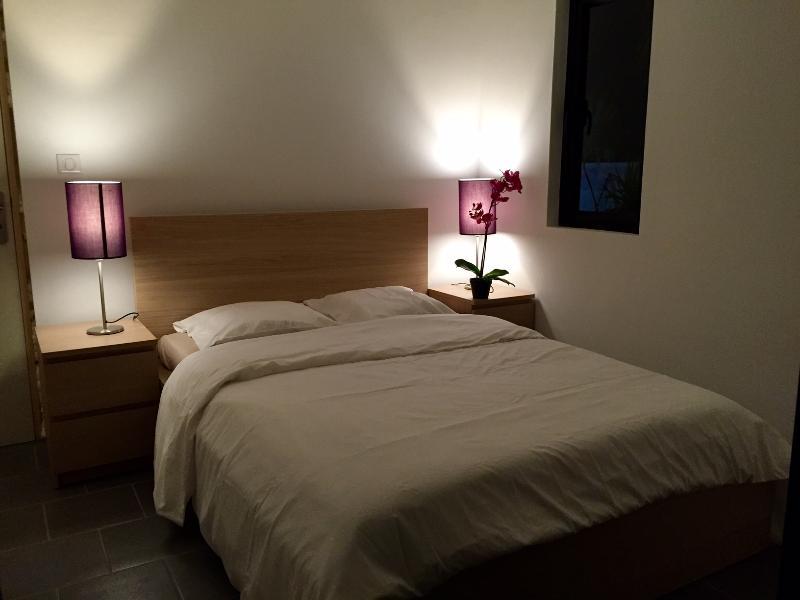 Bedroom 2, Room 2