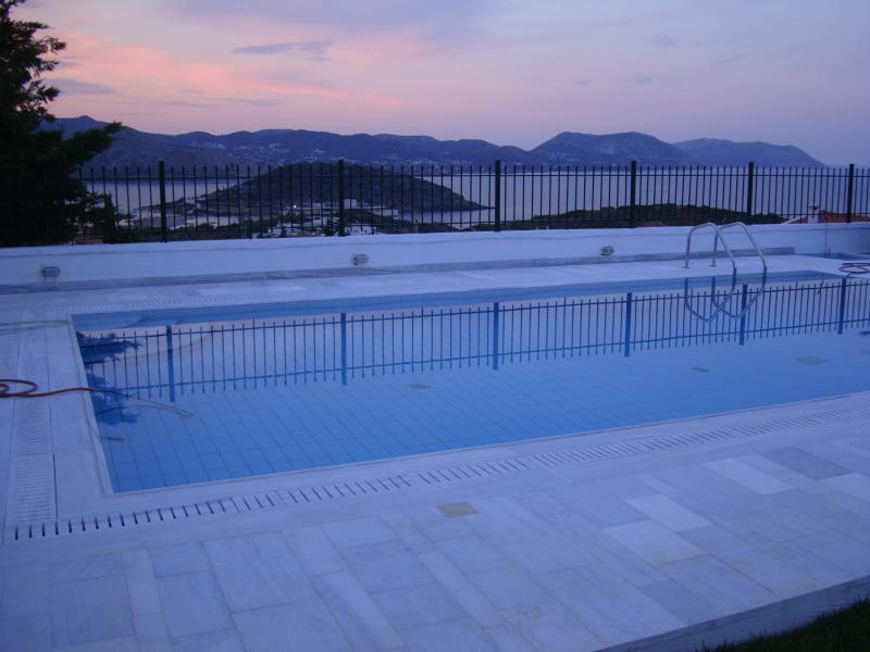 Spectacular sea view from the garden and swimingpool