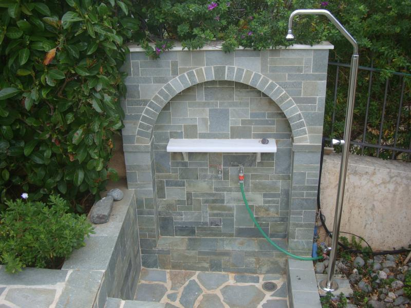 Shower in the garden (main entrance) to rinse off after the beach