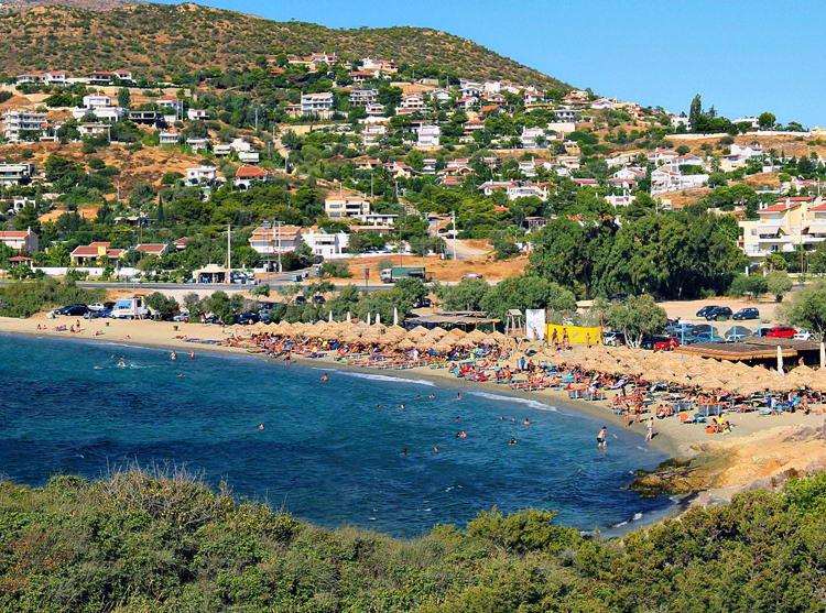 Mavro Lithari Beach