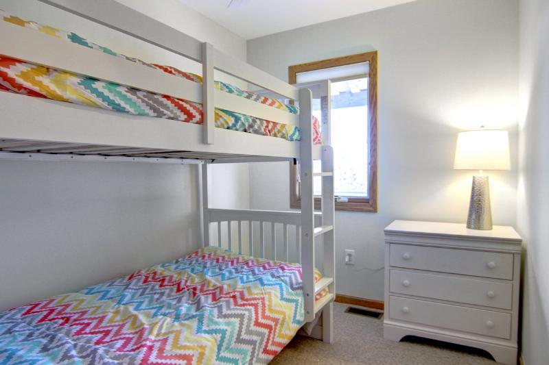 Twee meer dan twee stapelbedden kamer