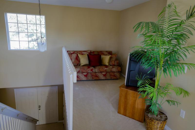 Extra seating area, second floor, doubles as a sofa bed for extra guests