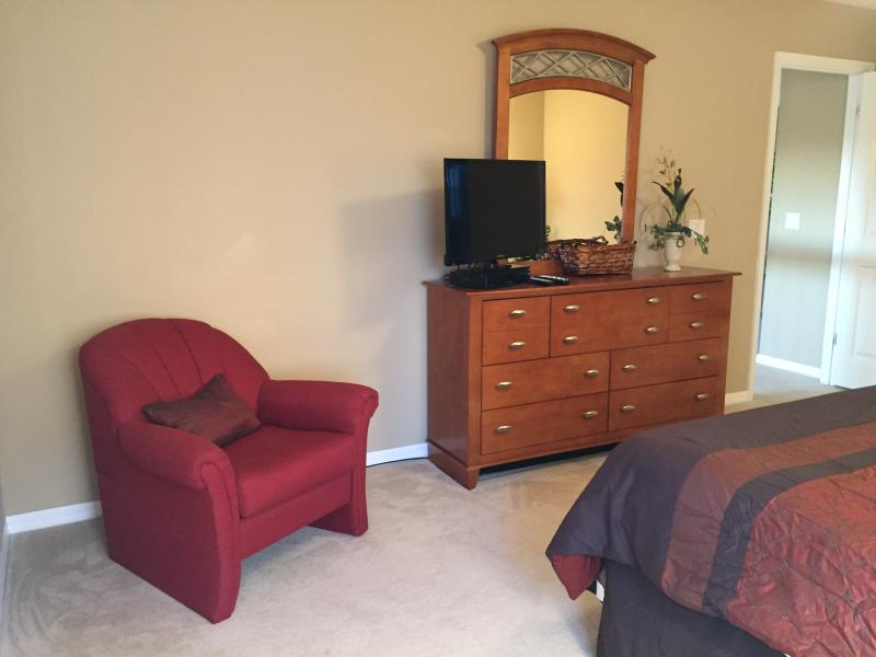 Seating area in Master King suite