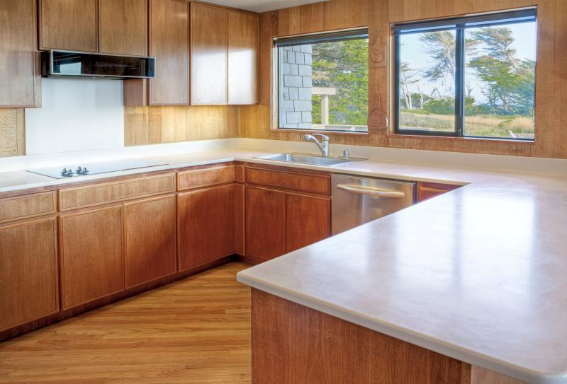 Your group's chef(s) will love the spacious, well-equipped gourmet kitchen.