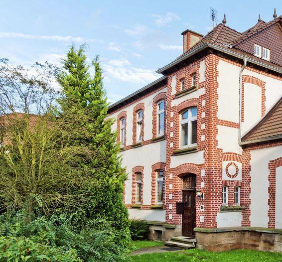 Ehemalige Dorfschule & Pfarrhaus Belvilla 34513-29, vakantiewoning in Bad Emstal