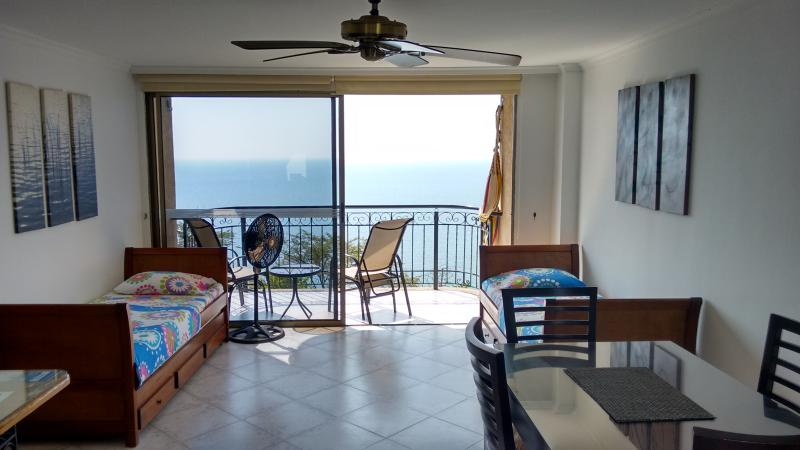 beautiful apartment in El Rodadero, holiday rental in Santa Marta Municipality