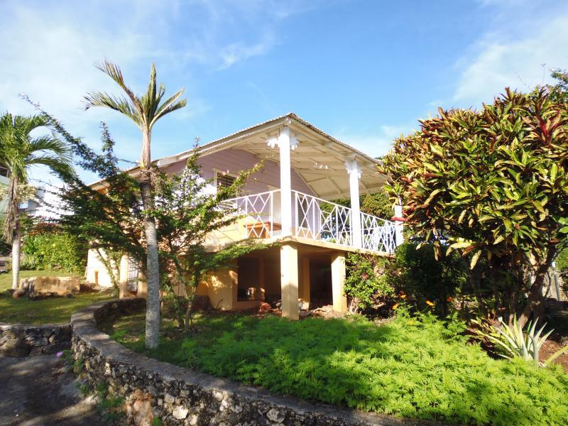 villa francy , una casetta inserita in un giardino endemico, vacation rental in Las Galeras