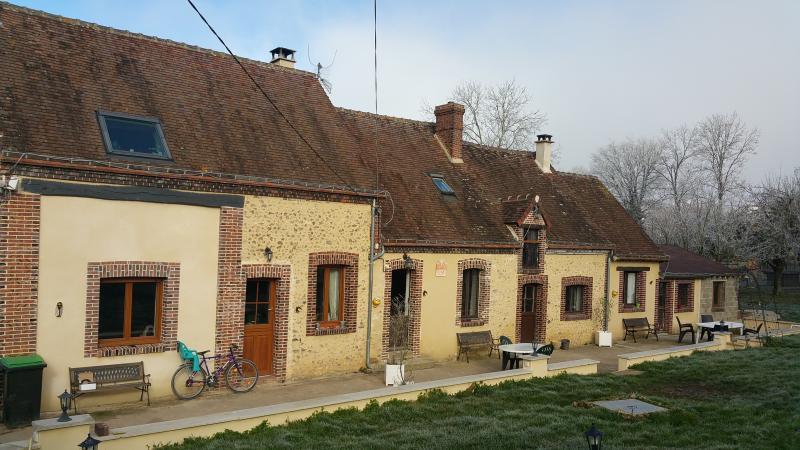 easy2loc  La Maison Lierue, holiday rental in Saint-Germain-des-Grois