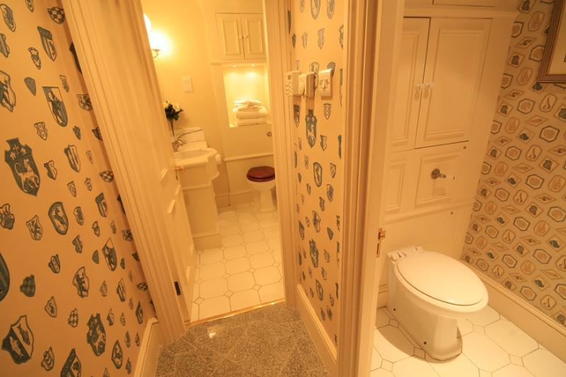 Master Bathroom and separate WC