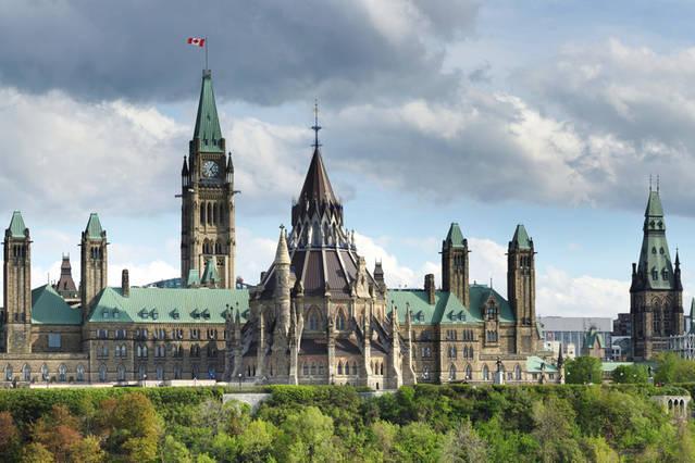 Parliament of Canada in 5 km