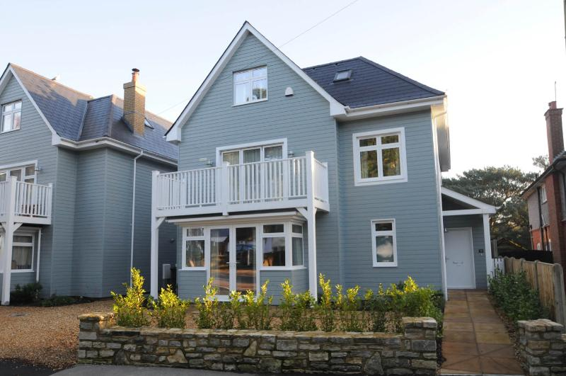 32 Brownsea Road, holiday rental in Bournemouth