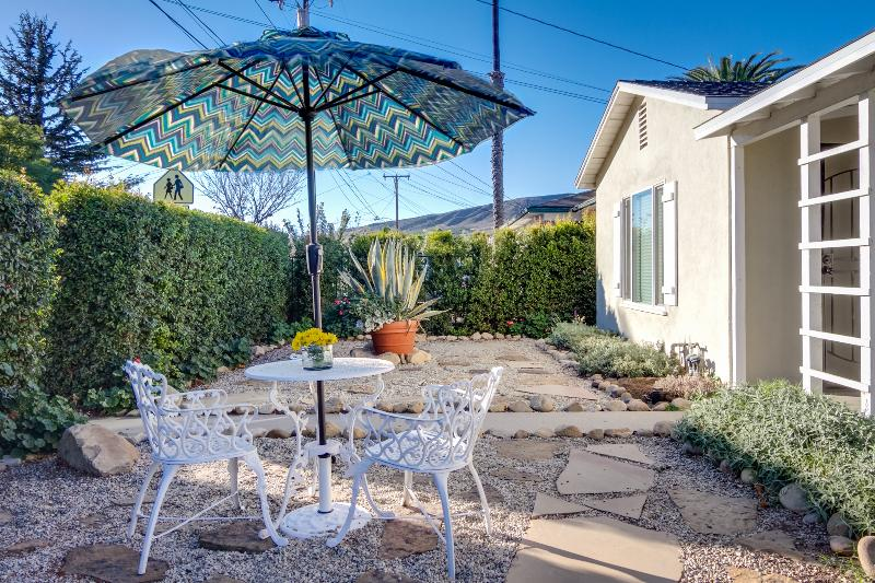 Enjoy stunning mountain views from the front yard.