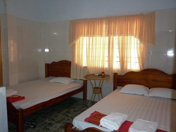Nhà nghỉ Hoàng Tùng Đà Nẵng, vacation rental in Da Nang
