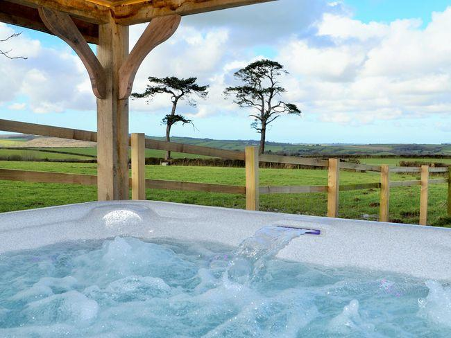 Undercover Hot tub