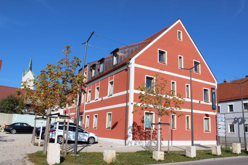 Außenansicht Haus 1 Herzog-Ludwig-Str. 3