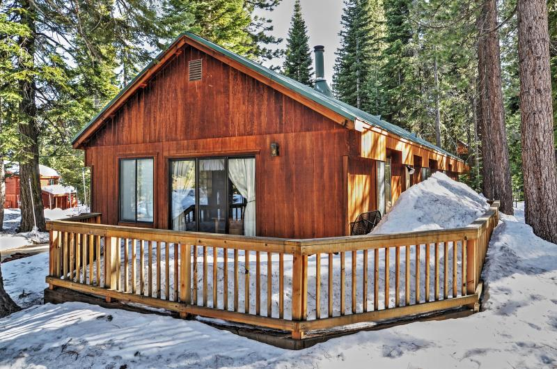 You will love this Truckee vacation rental cabin's prime location.