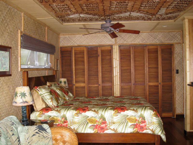 Ryo's Tiki Hut - bungalow hideaway!