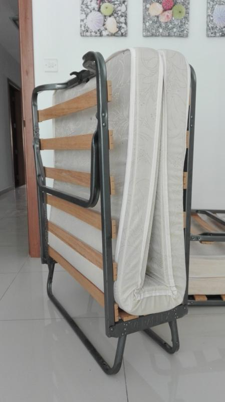 Extra bed tipe single open