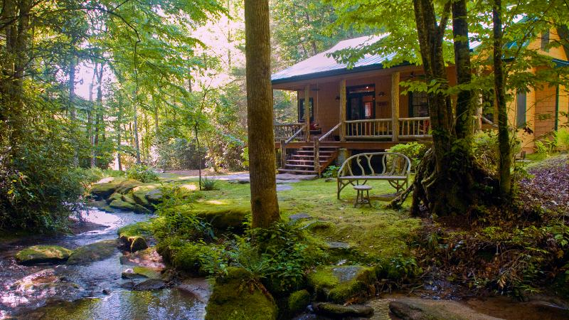 The secluded, luxury 'WATERFALL CABIN', vacation rental in Brevard
