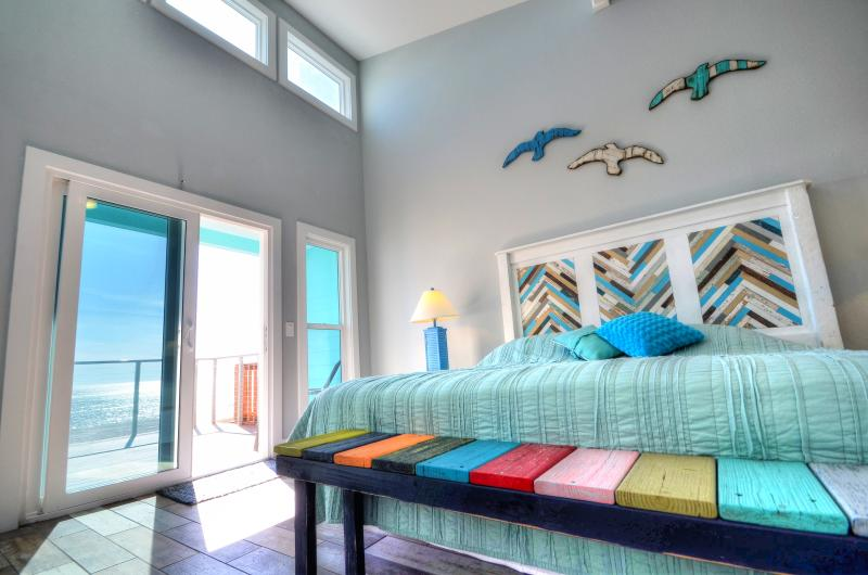 Master bedroom and patio door to deck!