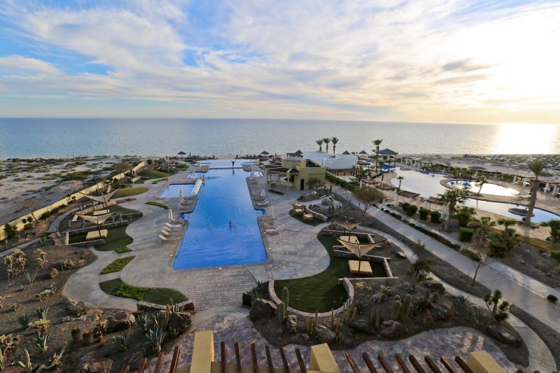 Encanto Vacations Unit 403 by Kivoya, vacation rental in Puerto Penasco