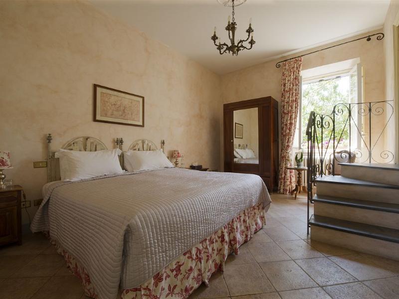 Double / Twin Bedroom 'Chianti'