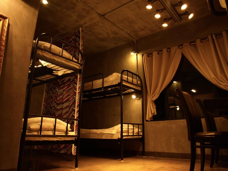 4 Female Dormitory in TwoTwo House, holiday rental in Incheon