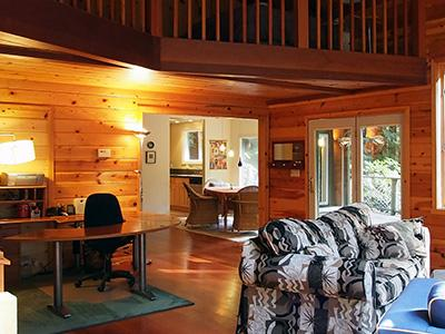 Sequoiatude, Wifi and office area, great place for writers