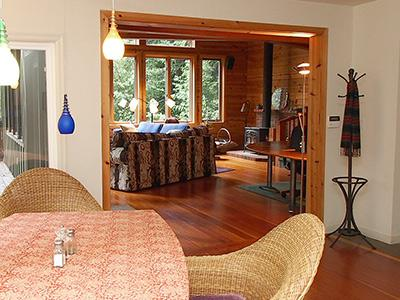 Sequoiatude, View from dining room to living room