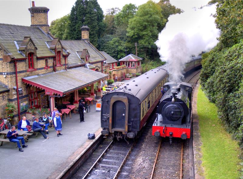 Lakeside and Haverthwaite Railway - walking distance from Jazzberry