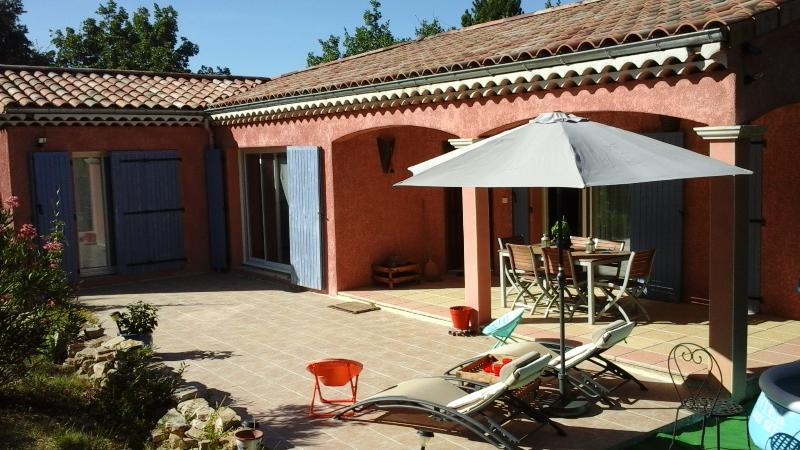 maison en Drôme Provençale, holiday rental in Le Teil
