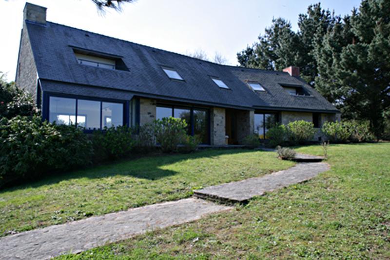Grande maison moderne près de l Océan et du golfe du Morbihan